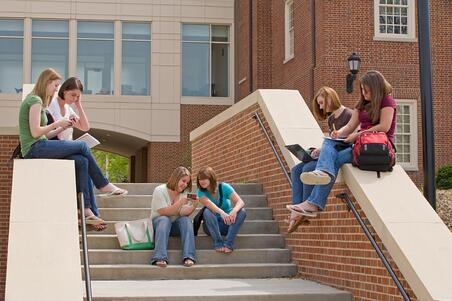 higher ed school social media reach students